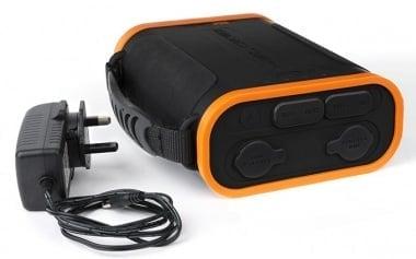 Fox Halo Power 96K Външна батерия с къмпинг лампа