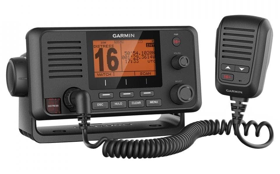 Garmin VHF 215i Морско радио